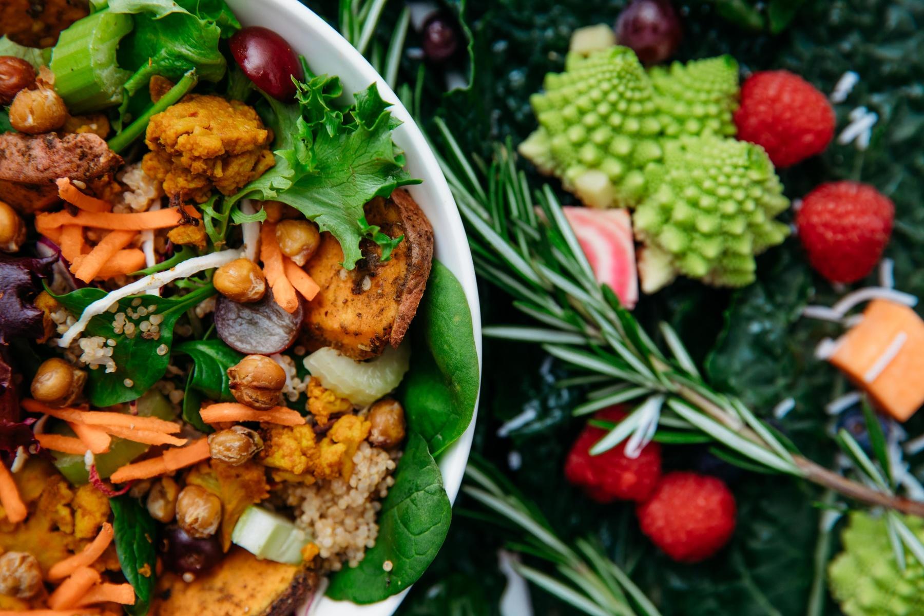 6 اصل مهم عکاسی مواد غذایی که به عکسهای شما طعم دلچسبی میدهد!
