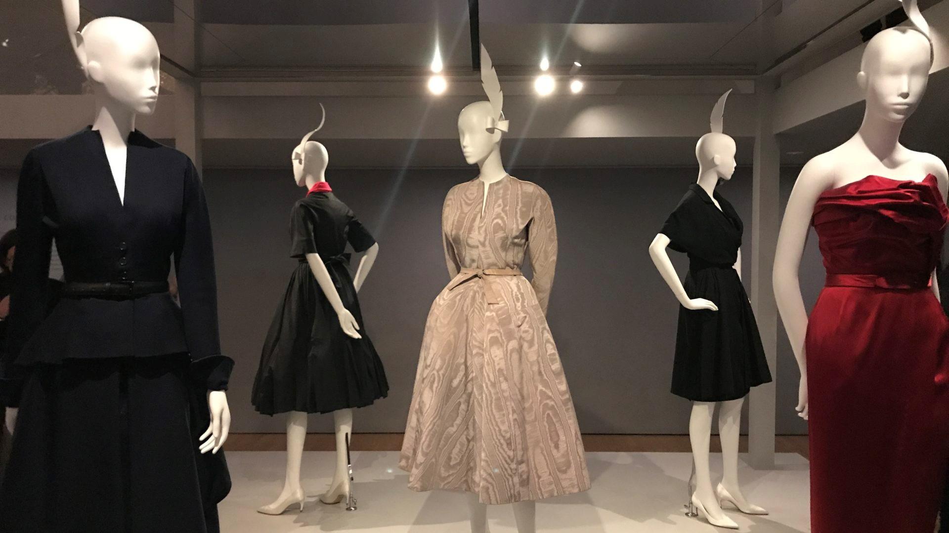 آموزش طراحی لباس بر پایهی خلاقیت، انسجام و هماهنگی